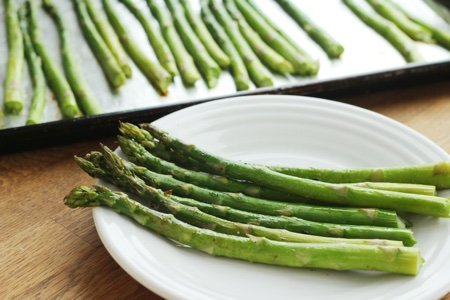 How to Cook Asparagus in the Oven