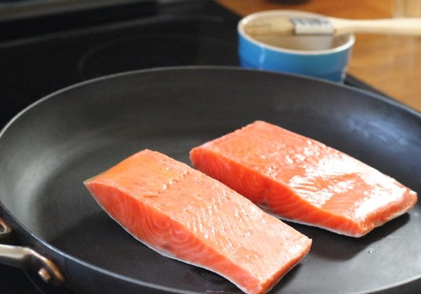 How to cook frozen salmon on the stove for Does frozen fish go bad