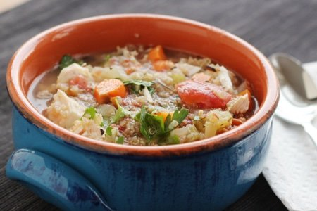 Slow Cooker Chicken Quinoa Soup