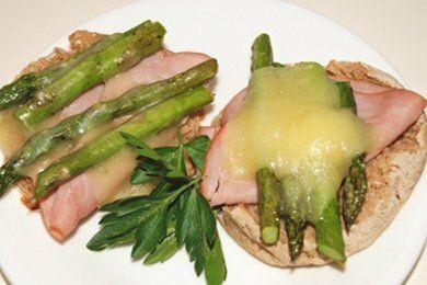 Asparagus Muffin Bites