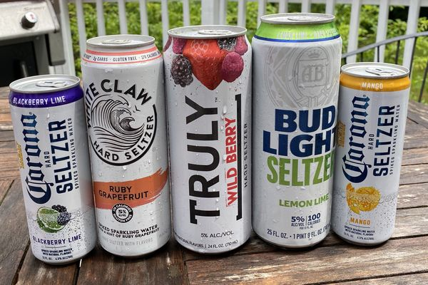 Hard Seltzer Reviews: A Low Calorie Alcoholic Beverage