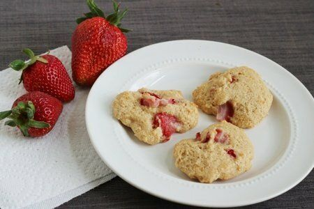 Strawberry Yogurt Cookies